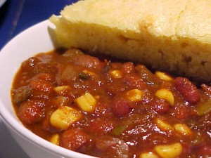 vegetarian chili and cornbread
